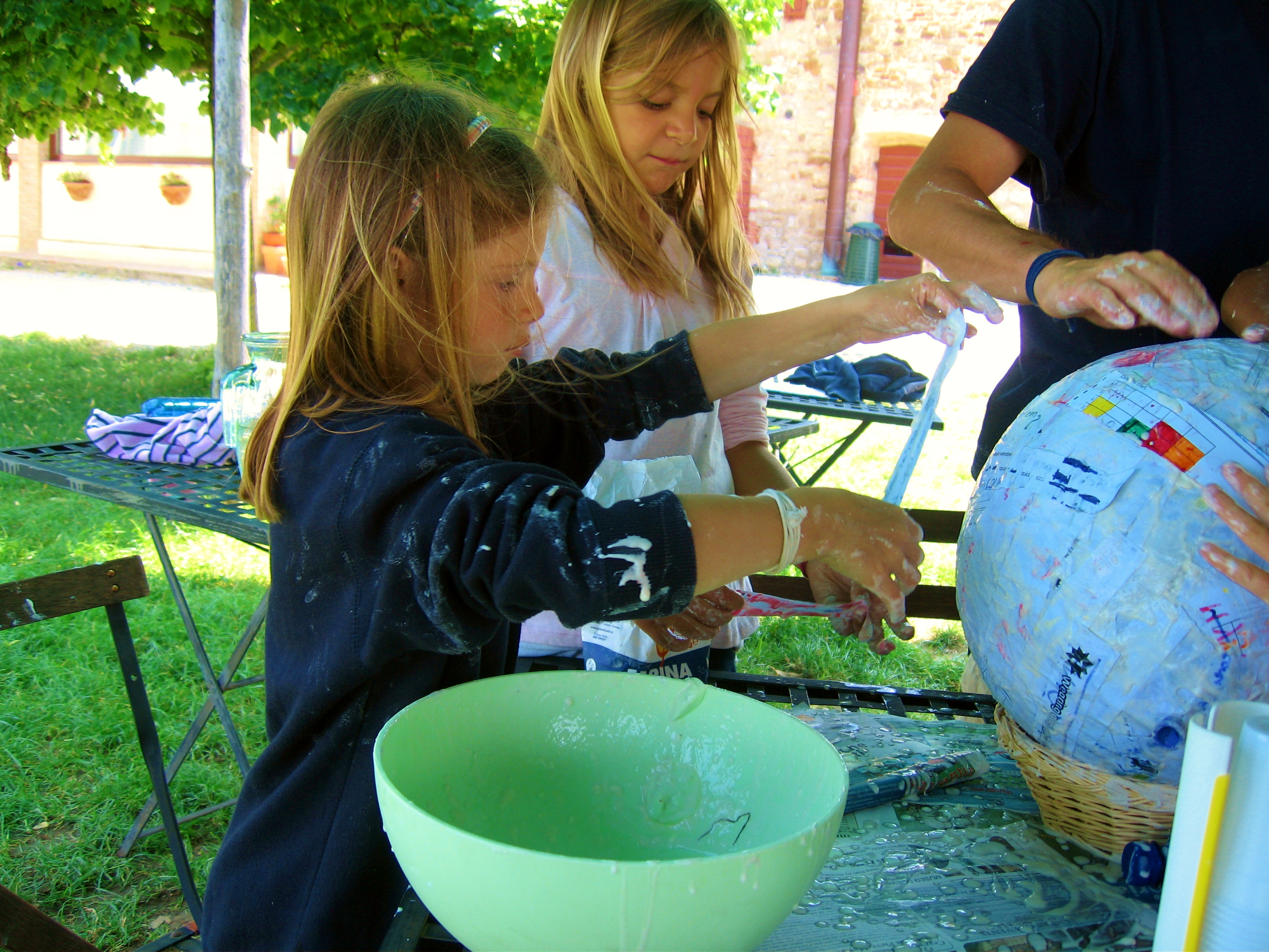 alphabet-soup-summer-camp-pinata-in-the-making-4